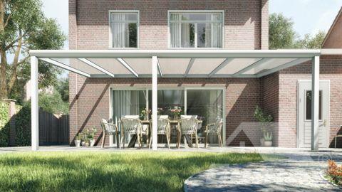 Moderne Terrassenüberdachung in matt weiß, 7,06 x 3,5 Meter mit Klar Polycarbonat